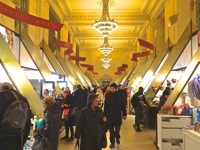 things to do midtown nyc grand central station holiday market grand central holiday sales nyc